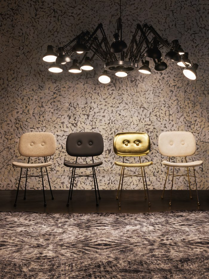 moooi - Golden Chair & Dear Ingo